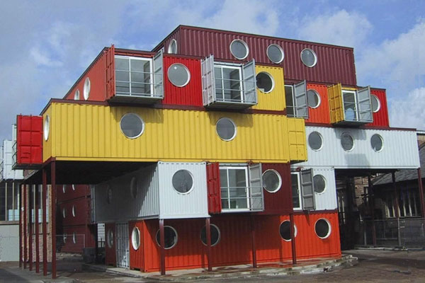 Cool Homes Made from Recycled Shipping Containers.