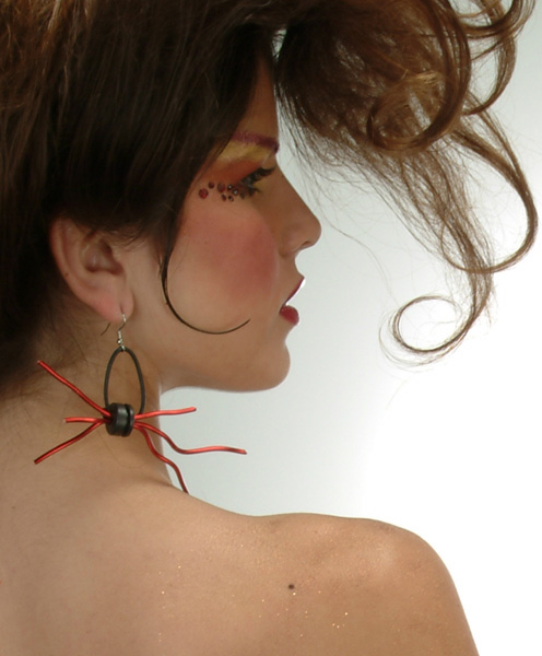 recycled jewelry wired Wearing Trash? 10 Recycled Jewelry Designs That Demand Attention