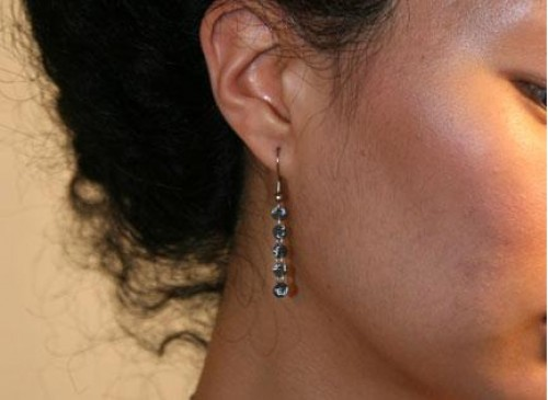 wired earrings strungout Wearing Trash? 10 Recycled Jewelry Designs That Demand Attention