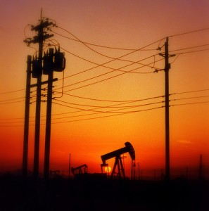 The sun is setting on oil fields - Photo from Flickr