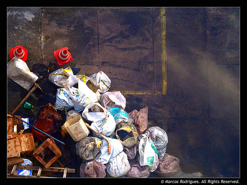 In 2003 Americans dumped about 130 million tons of garbage into local landfills.  This waste contaminates the air, the soil, and the water supply.  Photo by Andarilho Belem via Flickr