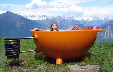 DutchTub, wood fired hot tub. Designed by Floris Schoonderbeek.