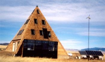 Whitney Lake's pyramid house in Montana. Built by Wickiup Builders with panels by Big Sky Insulation.